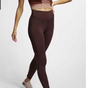 NWT Nike High-Rise Yoga Training Tights